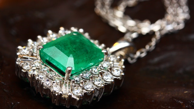 What are some jewelry cleaning life hacks that I need to know? emerald necklace