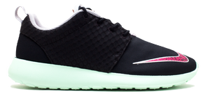 4a7658d0c43ea Nike Rosherun FB - Yeezy - Used – grails sf
