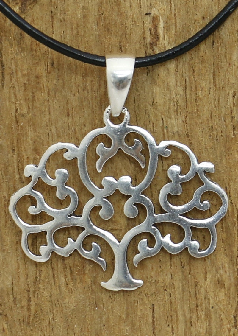 Silver Filigree Oak Pendant