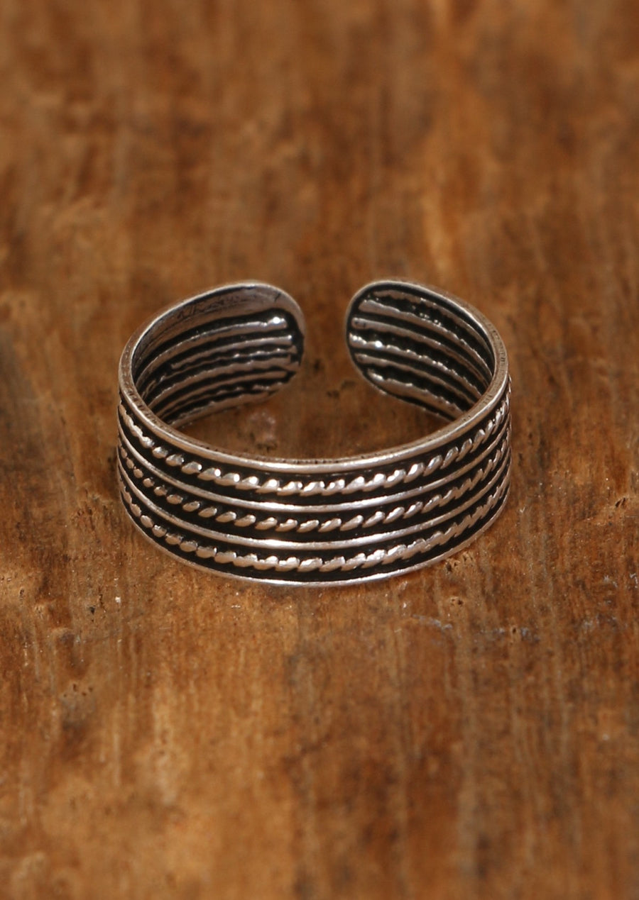 Triple Twist Toe Ring