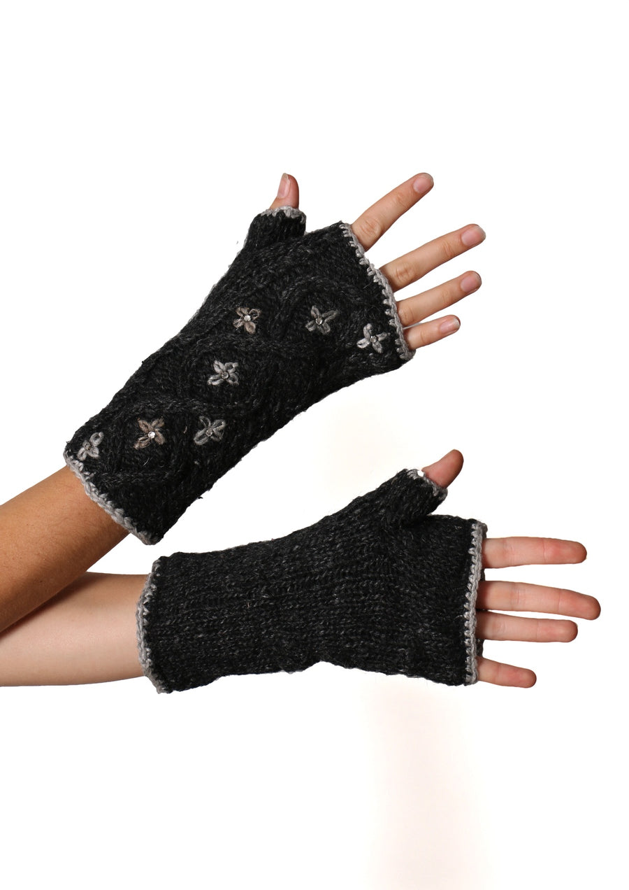 Knitted Wrist Warmers Flowers
