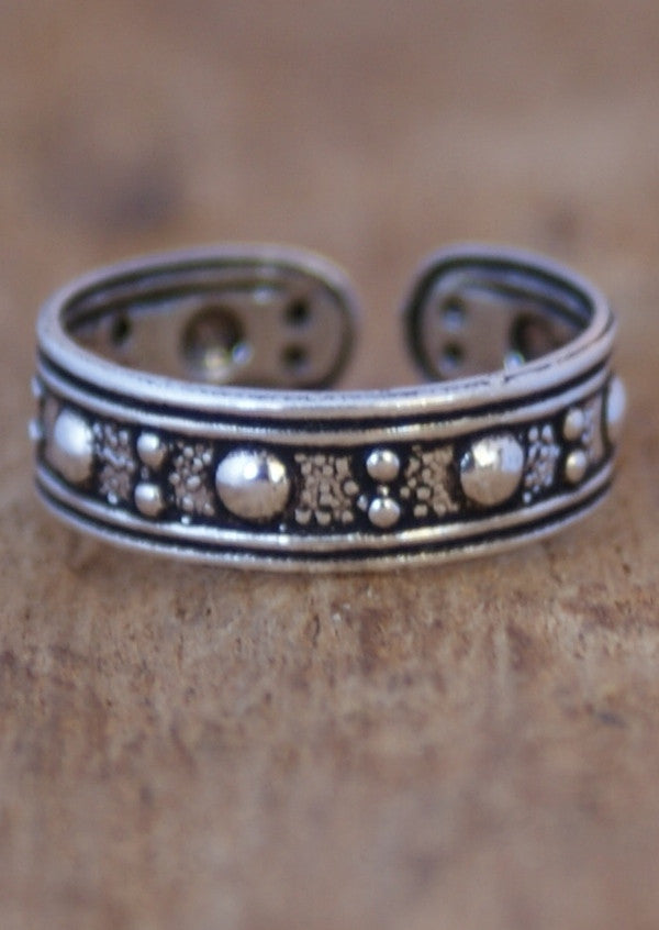 Silver Dots Toe Ring