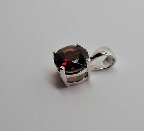 18K GARNET PENDANT SOLID WG 1.25 CT JANUARY BIRTHSTONE NEW 110