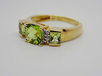 1.75 Ct. Cushion Cut Peridot & .04 Ct. Diamond Ring - 10k Solid Gold - NEW