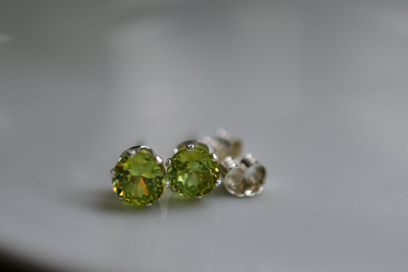 1 Ct. Natural Sphene Titanite Stud Pierced Earrings in Sterling Silver 5mm Round Cut Gems So pretty! - Unique Firey Stones!
