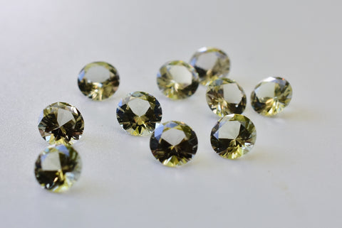 0.35 Ct Zultanite Loose Gemstone (1) Natural - 4.8mm Round Cut w Cert of Authenticity F008 - 36 available