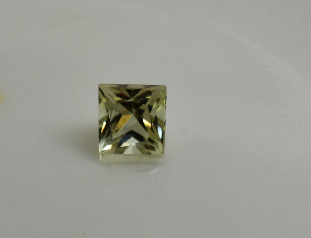 0.27 Ct. Natural Zultanite Loose Gem Gemstone - 3.8mm Princess Cut w Cert of Authorization B033