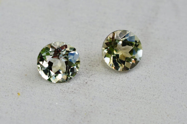 SOLD .94 Cttw Pair of  Zultanite Natural Loose Gems 4.5mm Round Cut Cert of Auth B039