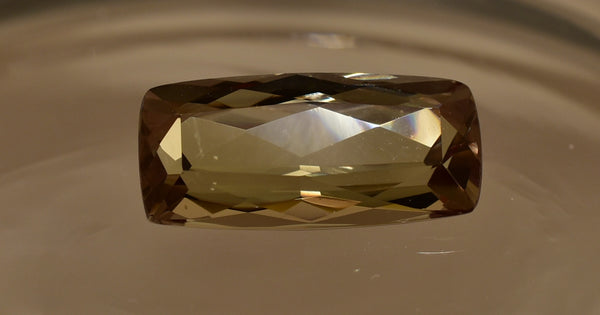 RARE Zultanite Natural Color-Change Loose Gemstone 4.41 Ct. Cert of Auth 134
