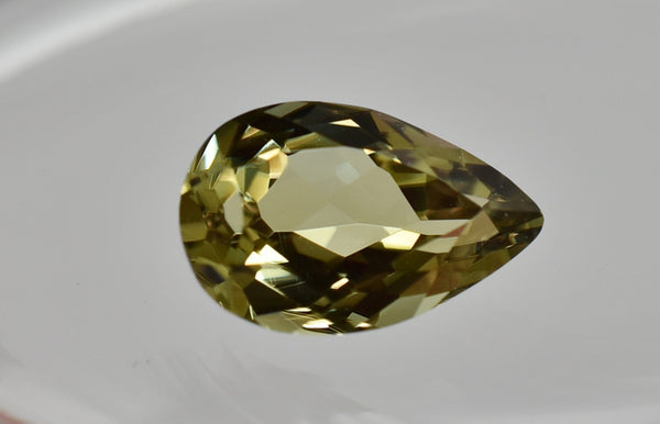 3.07 Ct Pear Zultanite Natural Color-Change Loose Gem 12x7.5mm Cert of Auth 228