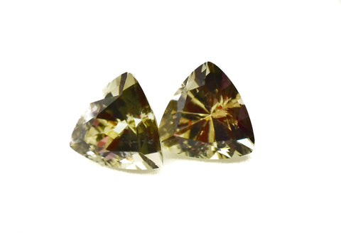 0.79 Ct. Natural Zultanite Loose Gem Gemstone - (1) 6mm Ottoman Cut Trilliant w Cert of Authorization G013