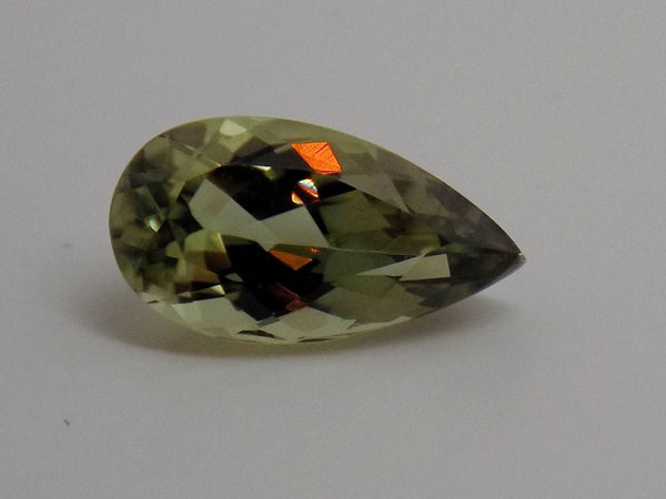 4.04 Ct. Natural Zultanite Loose Gem Gemstone - 14x7.5mm Pear Cut W Cert Of Auth 238