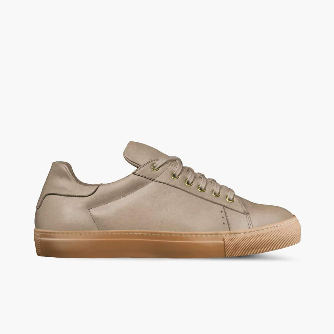 """LORENZO"" LEATHER/GUM SOLE  SNEAKERS IN BERKELEY BEIGE"