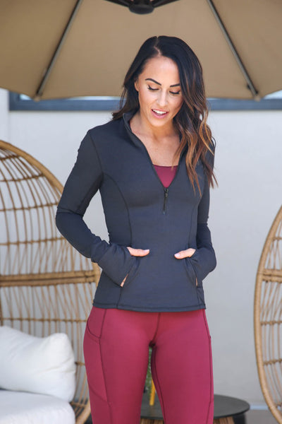 Half Zip Pull-Over - Black, Paleomg