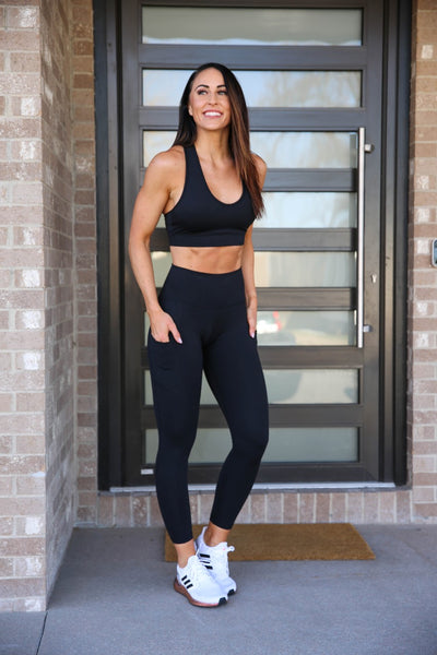 Ultra High Waisted, 7/8 Pocket Leggings - Black, PaleOMG
