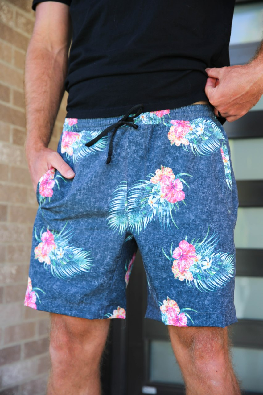 The Zoom Short - Fall Floral