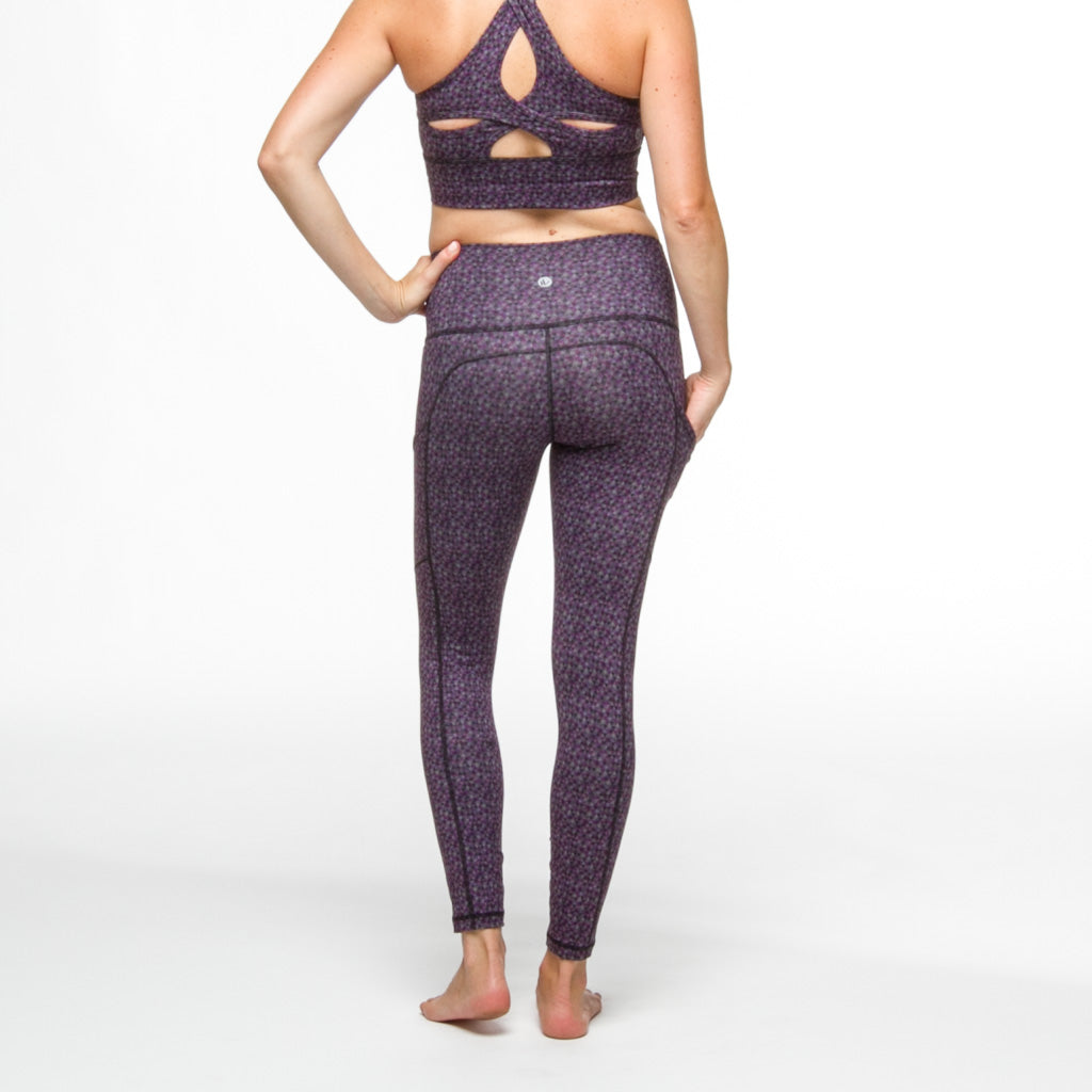 PaleOMG Jam 7/8 Legging -  High Waist, w/ Side Pockets
