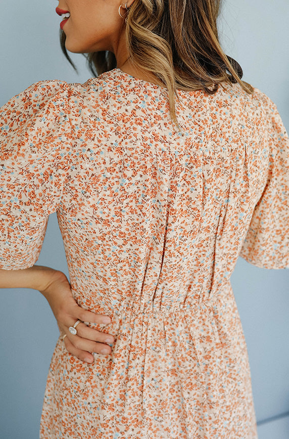 Rylan Peach Floral Midi Dress