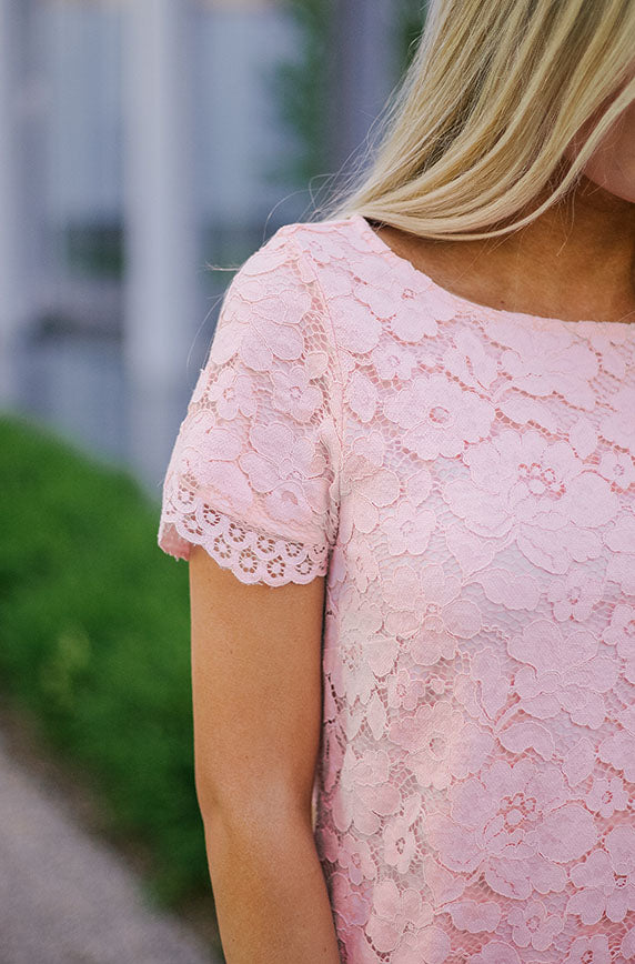 MAKENNA - Scalloped Lace Dress in Blush Pink - DM EXCLUSIVE - DM Fashion