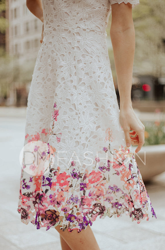 884070404120 KATE - White Lace Dress with Painted Flowers - DM EXCLUSIVE - DM Fashion ...