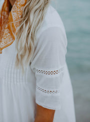 LILA- Off White Eyelet Lace Dress - DM EXCLUSIVE - DM Fashion