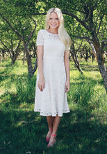 MADLYN - Soft Crochet Lace Dress in Cream - DM EXCLUSIVE - DM Fashion