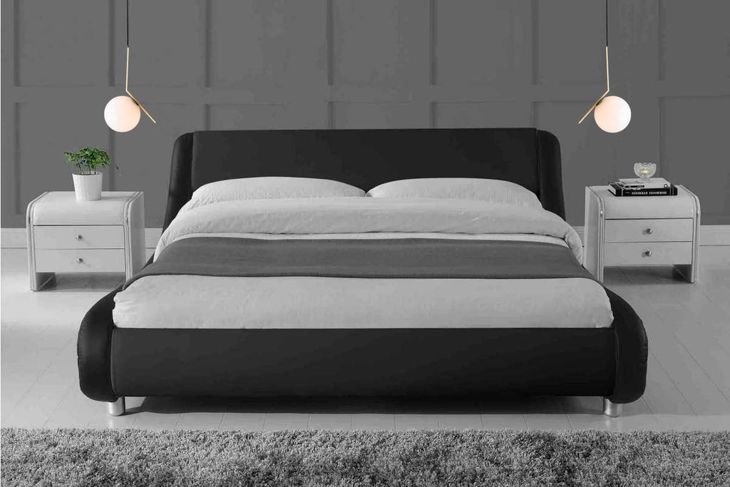 Trends to Try : Bedside Hanging Lights