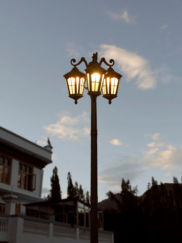 Bellagio Post Light Outdoor Light | Buy LED Outdoor Lights Online India