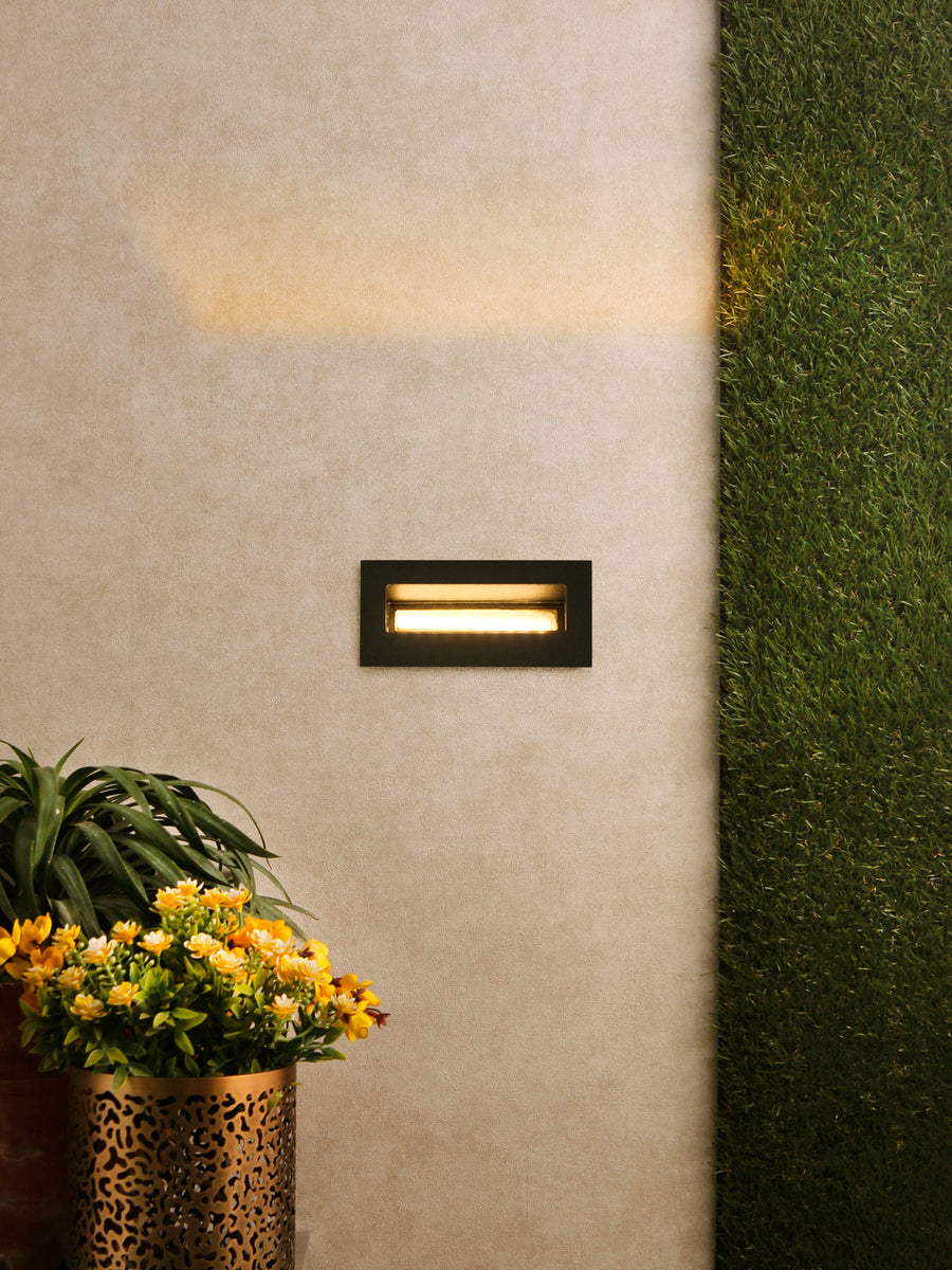 Dwell Led Step Light Buy Led Outdoor Lights Online India Jainsons Emporio
