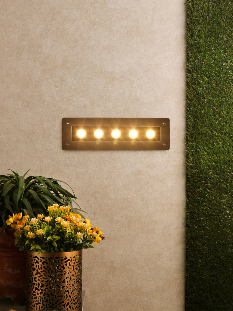 Pitch led step light buy led outdoor lights online india pitch led step light buy led outdoor lights online india aloadofball Image collections