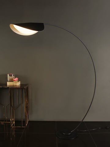 Wyatt Black Floor Lamp | Buy Modern Floor Lamps Online India