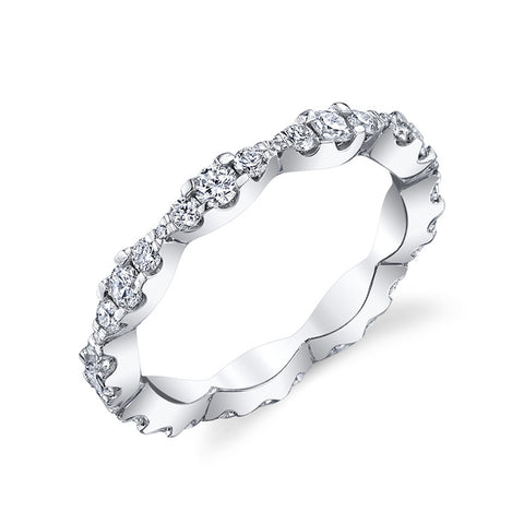 Scalloped Diamond Eternity Band in 14k White Gold