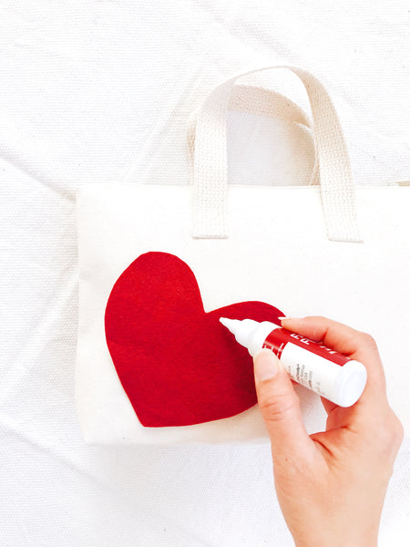DIY Valentine No Sew Heart Felt Pouch Applique