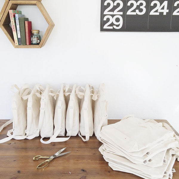 Blank Canvas Zipper Tote Bags