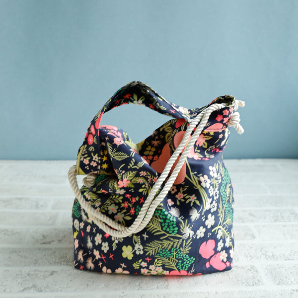 <RS20B02AL> Backety -CRAZY WOVEN FABRIC Tote Bag