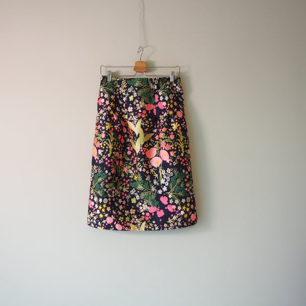 <RS19S24-001> CRAZY Semi tight skirt