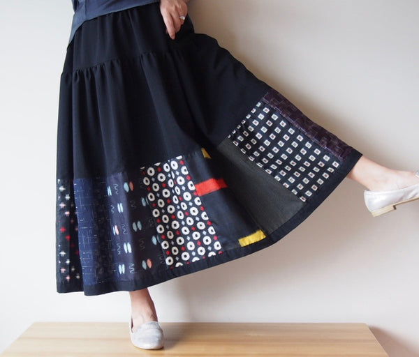 <RS13S05-007> PATCHWORKED SKIRT LONG BLACK