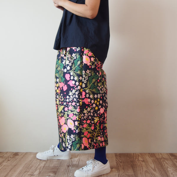 <RS18P06-026>CRAZY WOVEN TEXTILE trousers