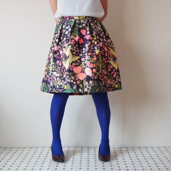 <RS18S18-002> CRAZY PRINT Mini Skirt