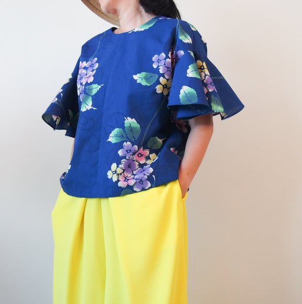 <RS18T12-005>  OKINAWA BLOUSE Bell shaped Sleeves