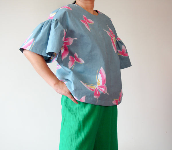 <RS18T13-001> OKINAWA Top Frilled Sleeves