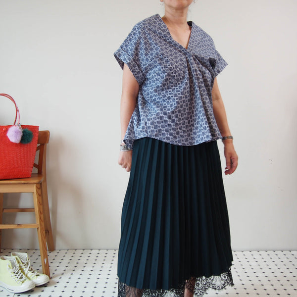 <RS19T14-001> OKINAWA ORIGAMI Top
