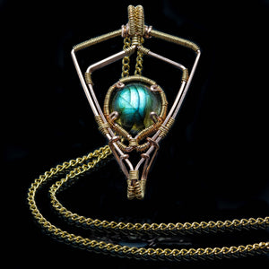 Shield of Magic: Labradorite Pendant Gold