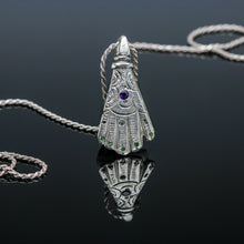 Load image into Gallery viewer, Hamsa Hand Pendant