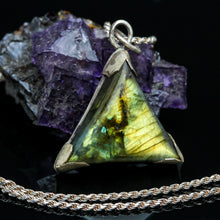 Load image into Gallery viewer, Labradorite and Sterling Necklace