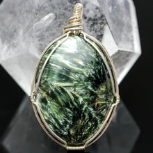 Load image into Gallery viewer, Angel Wings: Seraphinite Pendant