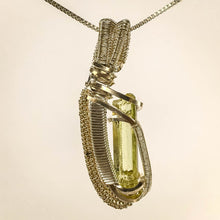 Load image into Gallery viewer, Apatite Pendant