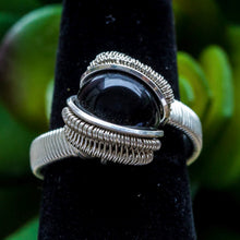 Load image into Gallery viewer, Size 6 Onyx Ring