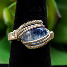 Load image into Gallery viewer, Size 6.5 Blue Kyanite Ring