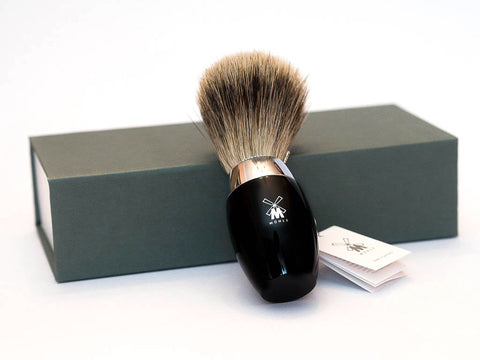 MUHLE: K876 FINE BADGER SHAVING BRUSH, BLACK RESIN HANDLE